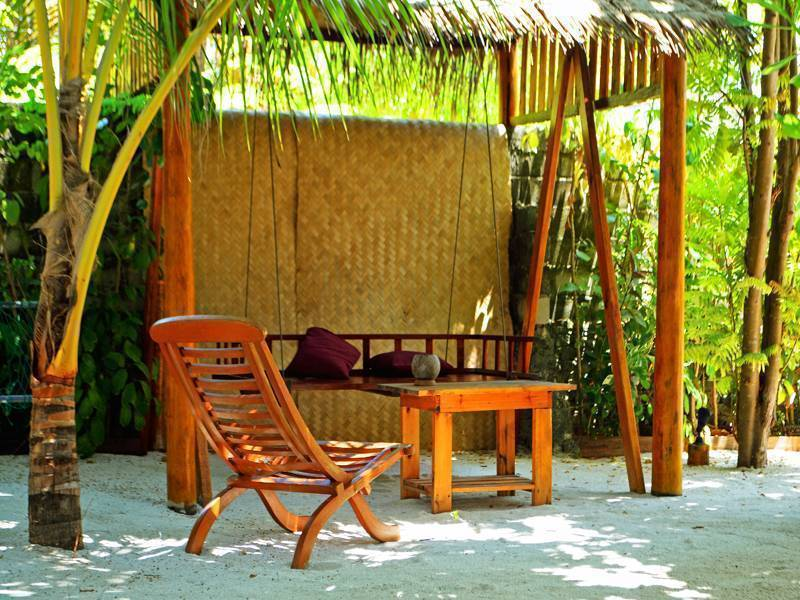 Local Adventure At Dhiffushi, Meerufenfushi, Maldives, affordable motels, motor inns, guesthouses, and lodging in Meerufenfushi