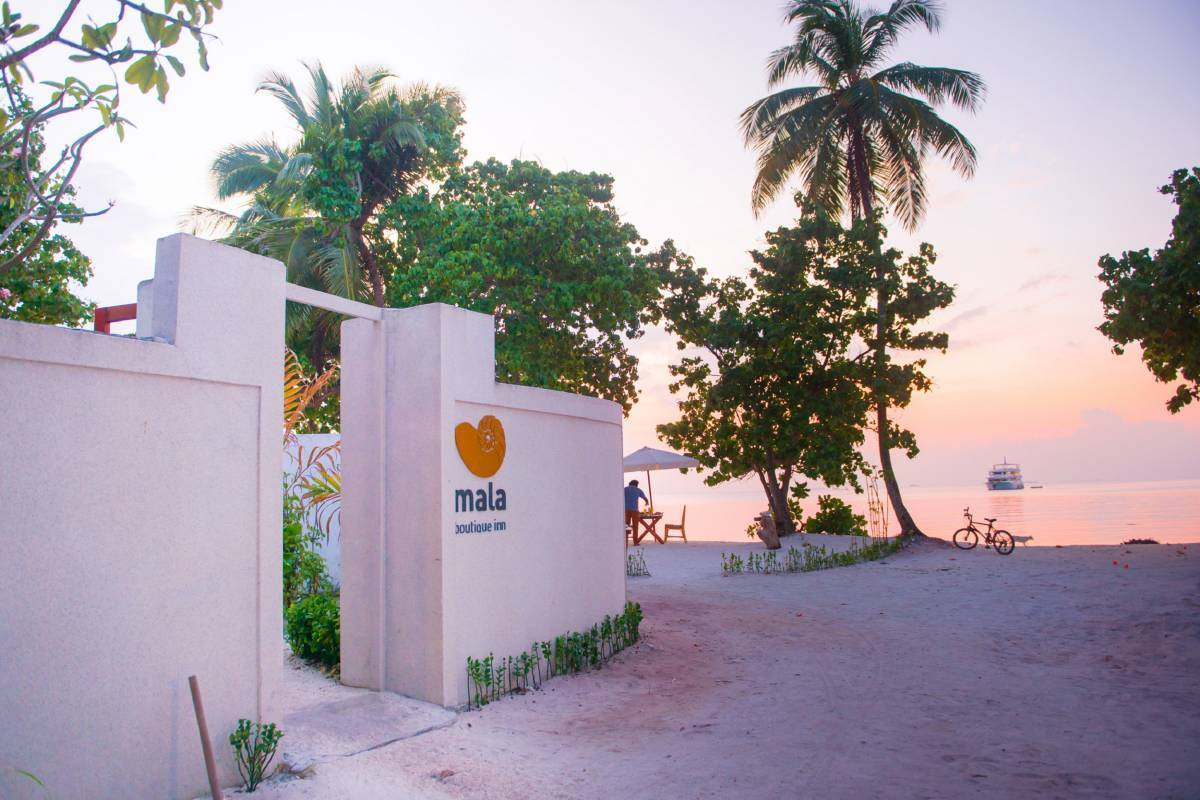 Mala Boutique Dhangethi, Eriyadu, Maldives, easy trips in Eriyadu