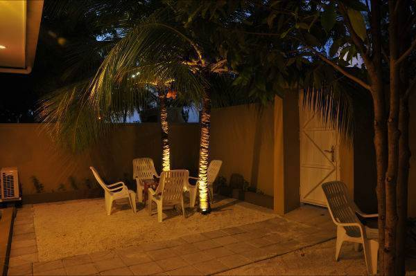 Rasdhoo Inn, Kuramathi, Maldives, bed & breakfast and hotel world accommodations in Kuramathi