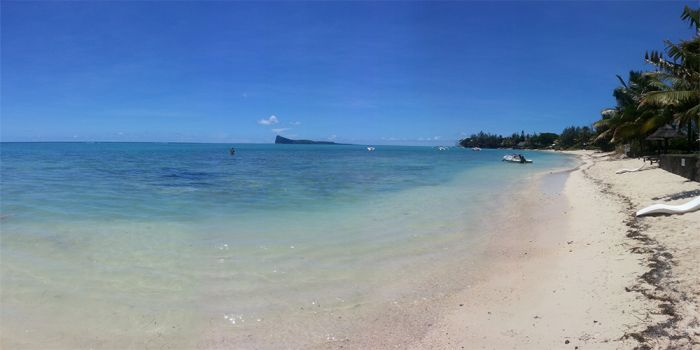 Bur-Nas Beach, Pereybere, Mauritius, gay friendly hostels, cheap hotels and B&Bs in Pereybere