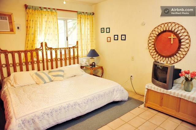 Casa Naranja Bed and Breakfast, Cancun, Mexico, Mexico hostels and hotels