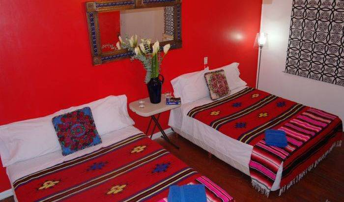 Dos Fridas y Diego - Get cheap hostel rates and check availability in Mexico City 16 photos