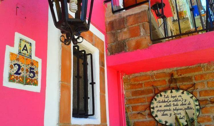 La Casa De Dante - Get cheap hostel rates and check availability in Guanajuato, pleasant places to stay in Zacatecas, Mexico 18 photos