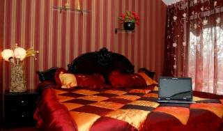 Bella Donna - Search available rooms and beds for hostel and hotel reservations in Chisinau 5 photos