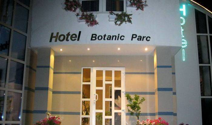 Botanic Parc Hotel - Search for free rooms and guaranteed low rates in Chisinau 12 photos