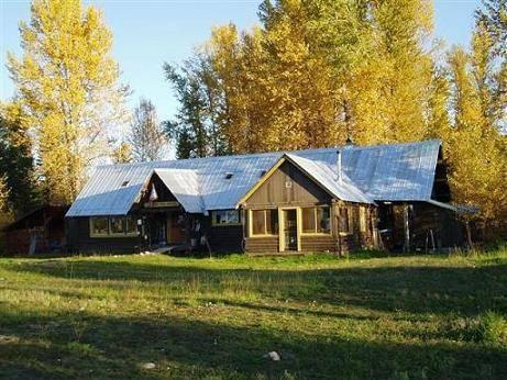 North Fork Hostel and Square Peg Ranch, Polebridge, Montana, Montana ký túc xá và khách sạn