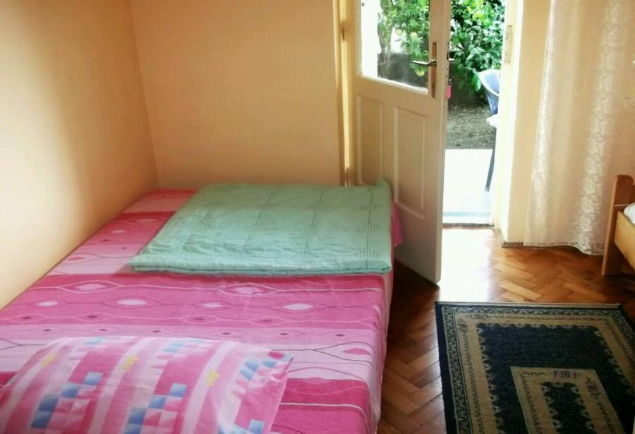 Private Accommodation Herceg Novi, Herceg-Novi, Montenegro, how to spend a holiday vacation in a hostel in Herceg-Novi