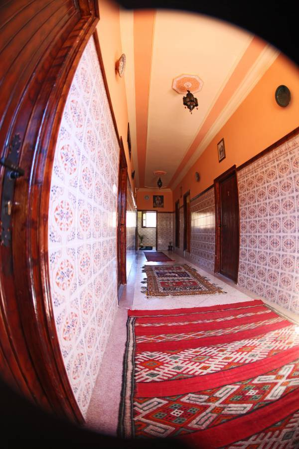 Argana Hotel, Tafraout, Morocco, compare reviews, hostels, resorts, motor inns, and find deals on reservations in Tafraout