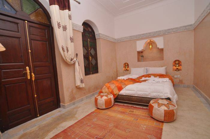 Riad Bachawya, Marrakech, Morocco, Backpackers vistuig en verblijf in goedkope hotels of budget hostels in Marrakech