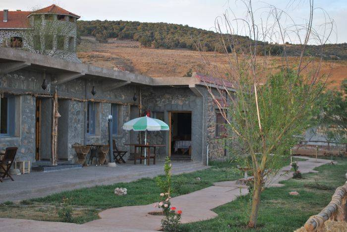Tamanoucht-Auberge, Azrou, Morocco, what is a green bed & breakfast in Azrou