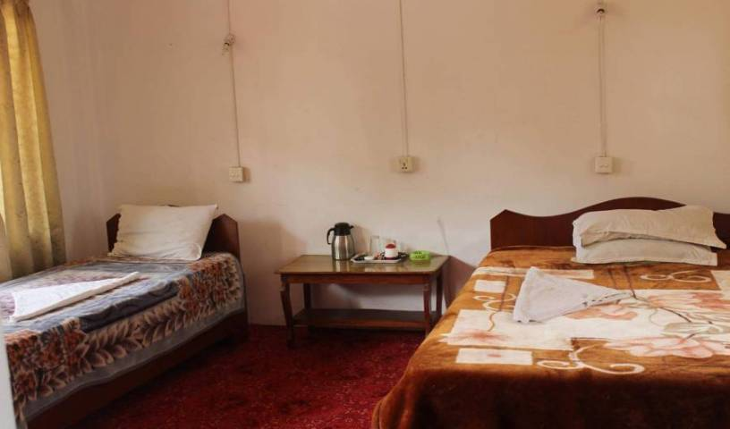 Sauraha-Homestay Nepal - Search for free rooms and guaranteed low rates in Bharatpur 1 photo