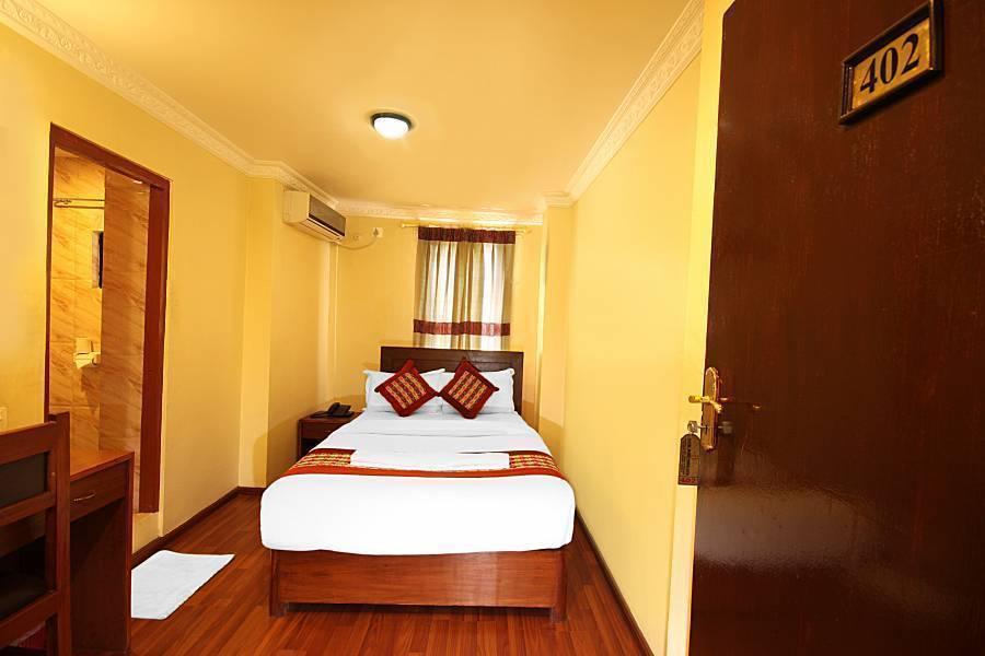 Hotel Bubo Himalaya, Kathmandu, Nepal, how to choose a booking site, compare guarantees and prices in Kathmandu