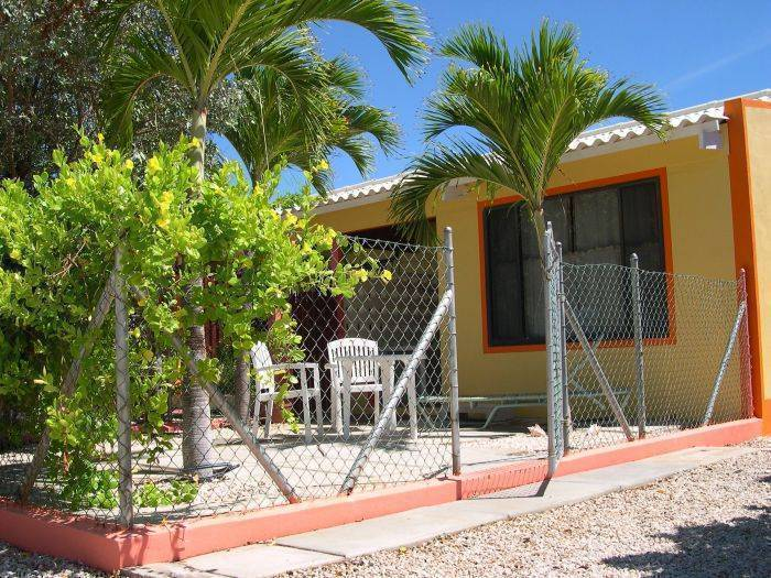 Happy Holiday Homes Bonaire, Bonaire, Netherlands Antilles, Prenotare ostelli unici o hotel economici e sperimentare una città come un locale in Bonaire