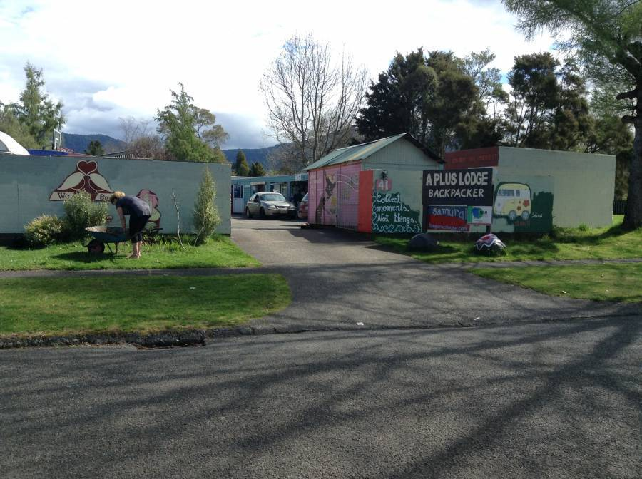 A Plus Backpackers Lodge, Turangi, New Zealand, New Zealand hostels and hotels