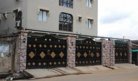 Oragon Hotel and Suites -  Ikeja, bed and breakfast bookings 22 photos