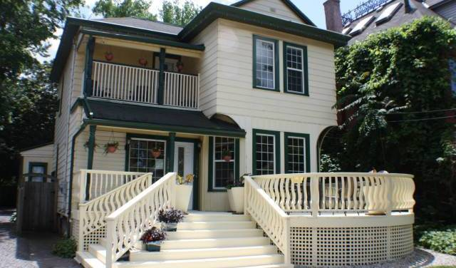 Ellis House Bed and Breakfast -  Niagara Falls, bed and breakfast bookings 20 photos