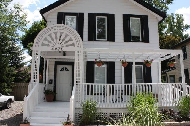 Ellis House Bed and Breakfast, Niagara Falls, Ontario, bed & breakfasts for world travelers in Niagara Falls
