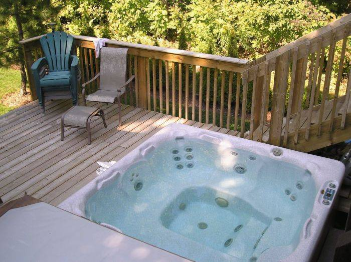 Tucked Inn the Harbour Bed and Breakfast, Midland And Victoria Harbour, Ontario, hostel deal of the week in Midland And Victoria Harbour