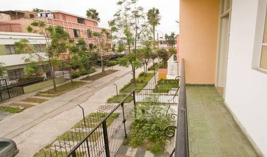 Albergue Kaypacha Wasi - Search for free rooms and guaranteed low rates in Lima 12 photos