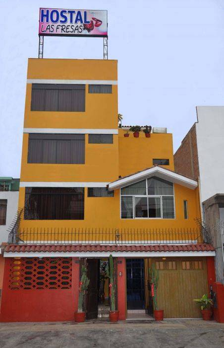 Hostal Las Fresas, Lima, Peru, low cost lodging in Lima