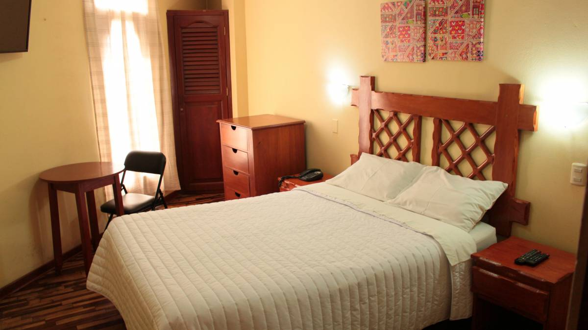Pretty House Hostel, Lima, Peru, find bed & breakfasts in authentic world heritage destinations in Lima