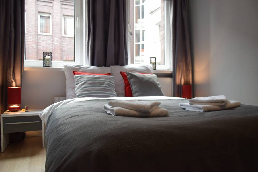 Apartament Grafitowy - Homely Place, Poznan, Poland, Poland bed and breakfasts og hoteller
