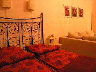 Apartments4Rent - Studio Apartment, Krakow, Poland, economy bed & breakfasts in Krakow