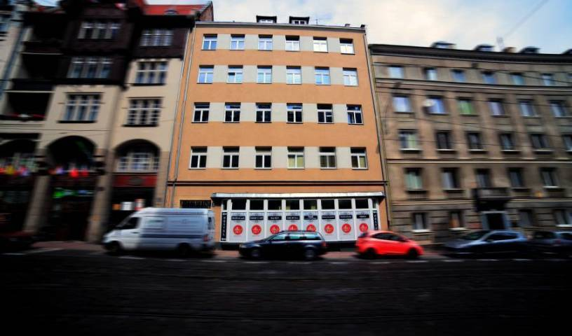 Arthostel - Search available rooms and beds for hostel and hotel reservations in Poznan, best deals, budget hostels, cheap prices, and discount savings 11 photos