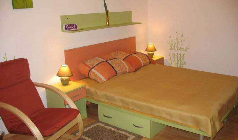 Kiwi Apartament - Get cheap hostel rates and check availability in Wroclaw 6 photos