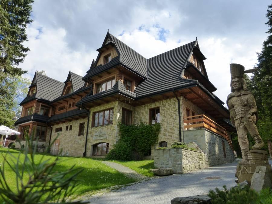 Hotel Dwor Karolowka, Zakopane, Poland, bed & breakfasts in historic towns in Zakopane