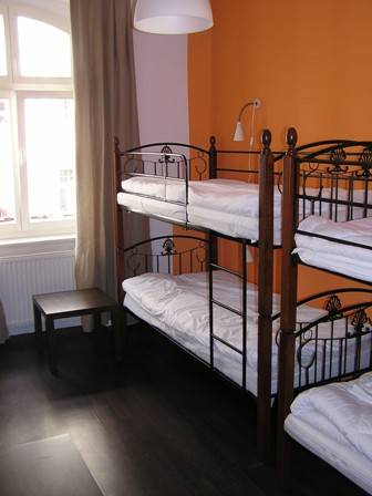 Pit Stop Hostel, Poznan, Poland, bed & breakfasts in safe locations in Poznan