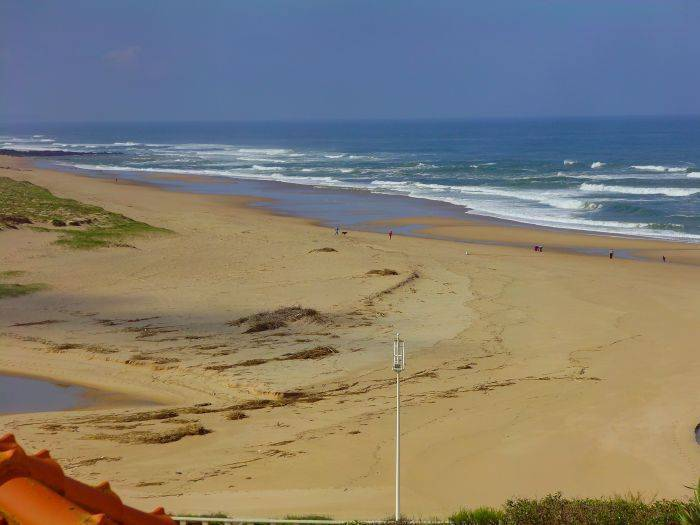 Areia Branca Beach Hostel, Praia da Lourinha, Portugal, guaranteed best price for bed & breakfasts and hotels in Praia da Lourinha