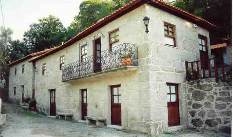 Casa Da Ponte de S. Pedro - Search available rooms and beds for hostel and hotel reservations in Vieira do Minho 13 photos