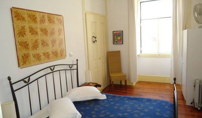 Guest House Pouso Dos Anjos -  Lisbon, cheap deals 6 photos