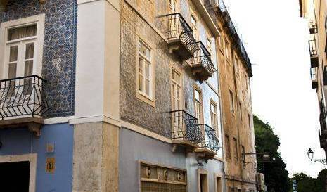 Hostel BA - Search for free rooms and guaranteed low rates in Bairro Alto 16 photos