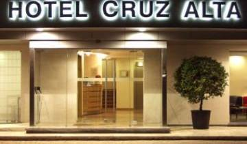 Hotel Cruz Alta - Search available rooms and beds for hostel and hotel reservations in Fatima 5 photos