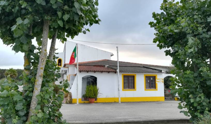 Hotel Rural A Coutada, online bookings, bed & breakfast bookings, city guides, vacations, student travel, budget travel in Peniche de Cima, Portugal 28 photos