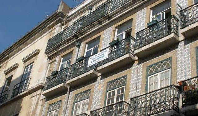 Pensao Lafonense - Search for free rooms and guaranteed low rates in Lisbon 7 photos