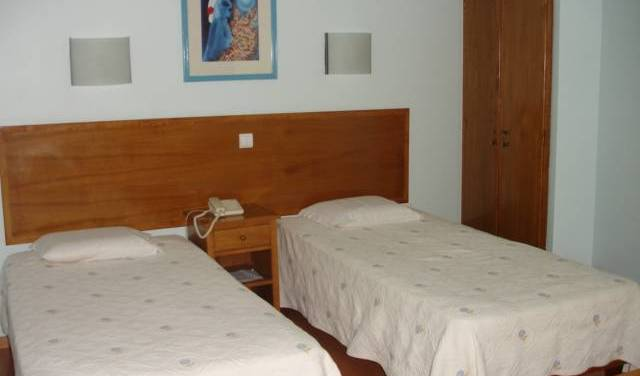 Pensao Residencial Roma -  Lisbon, instant online reservations in Lisbon, Portugal 3 photos