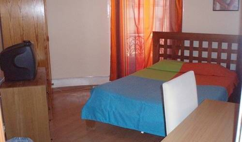Privat Accomodation - Search available rooms and beds for hostel and hotel reservations in Anjos, cheap hostels 16 photos