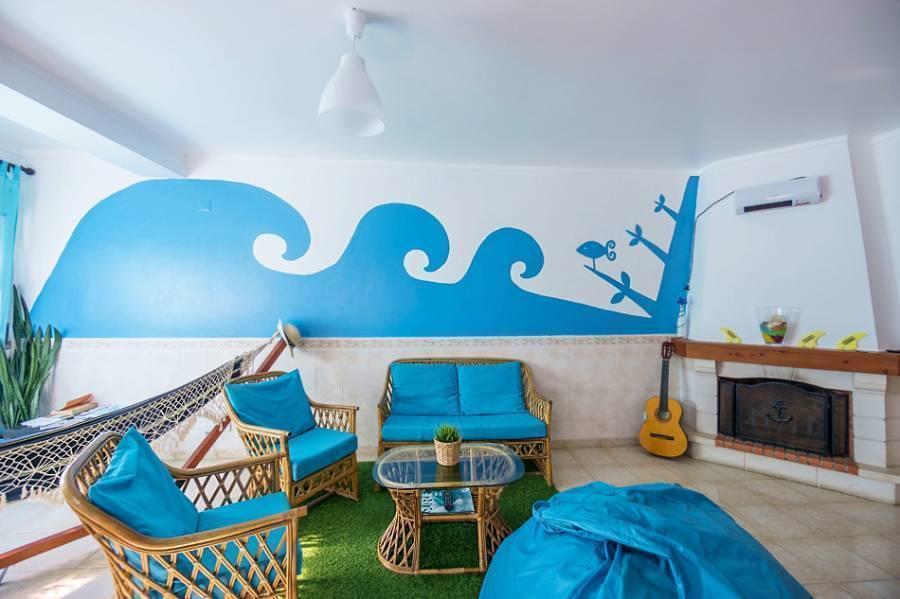 H2O Surfguide Hostel, Baleal, Portugal, Portugal hostels and hotels