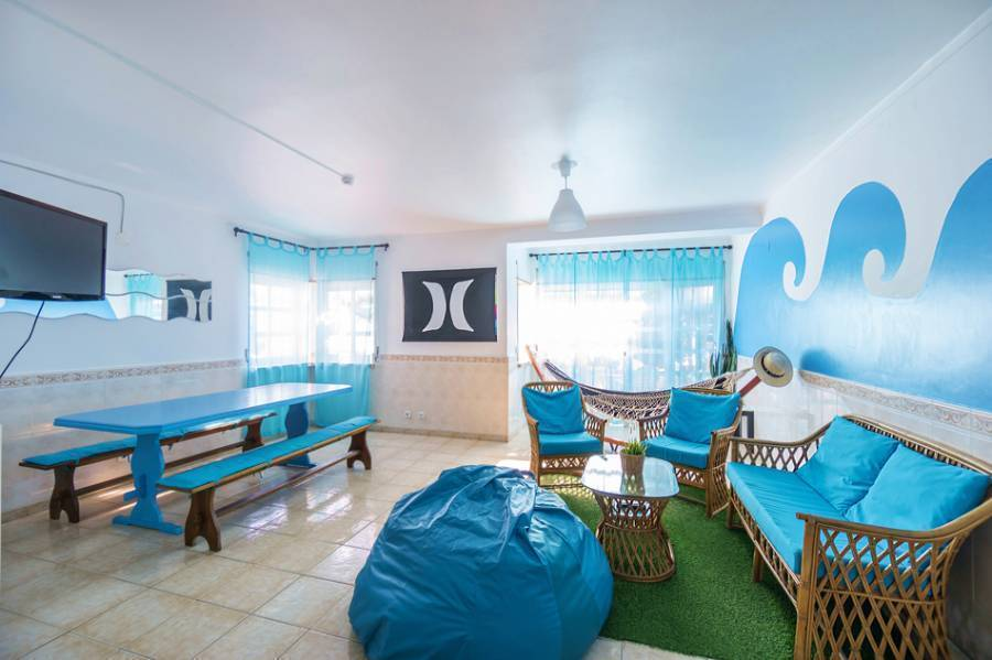 H2O Surfguide Hostel, Baleal, Portugal, first-rate vacations in Baleal