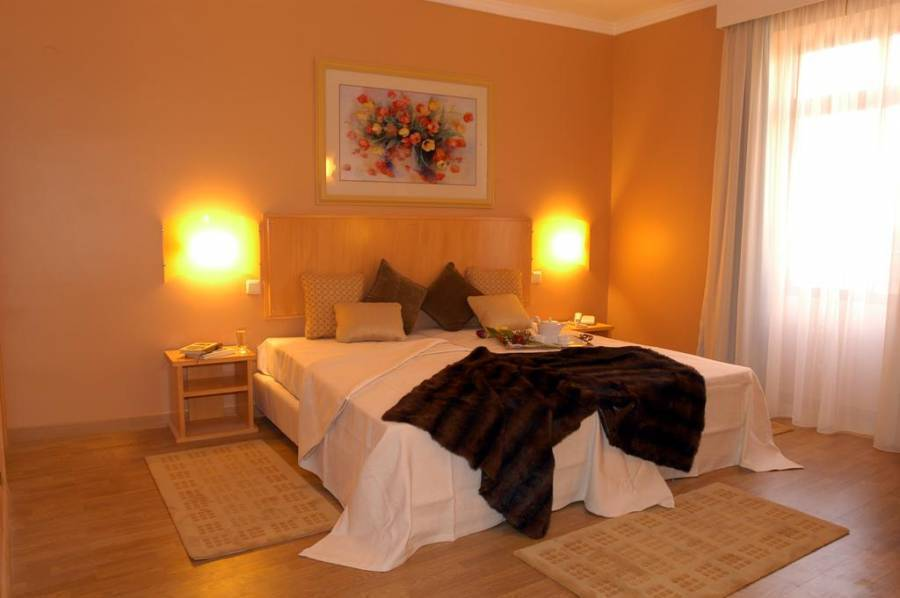 Hotel Apartamento da Se, Funchal, Portugal, what do I need to travel internationally in Funchal