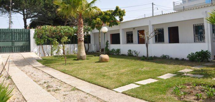 Manawa Camp, Almada, Portugal, more hostel choices for great vacations in Almada