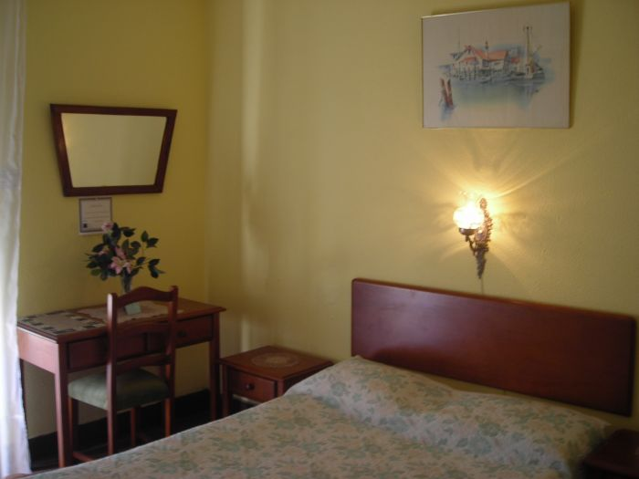 Residencial Lord, Lisbon, Portugal, Portugal bed and breakfasts and hotels