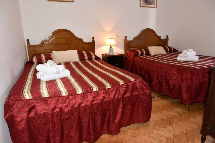 Residencia Silva, Fatima, Portugal, hostels near historic landmarks and monuments in Fatima