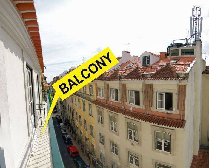 Vistas de Lisboa Hostel, Lisbon, Portugal, best bed & breakfasts for parties in Lisbon