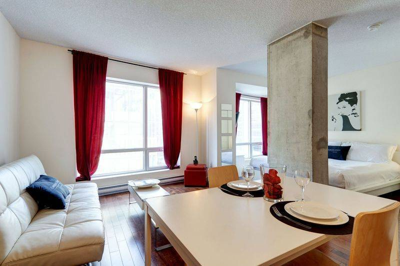 Di amore, Montreal, Quebec, this week's hot deals at bed & breakfasts in Montreal