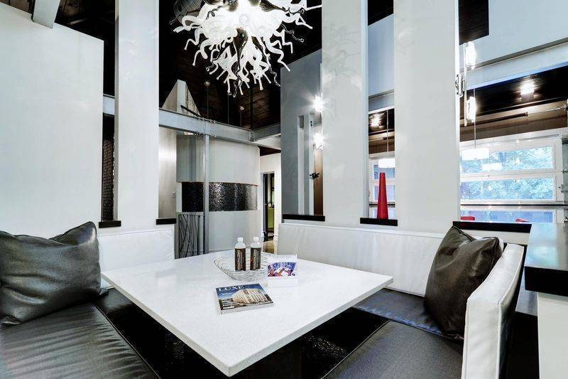 The Dulwich, Montreal, Quebec, discounts on vacations in Montreal
