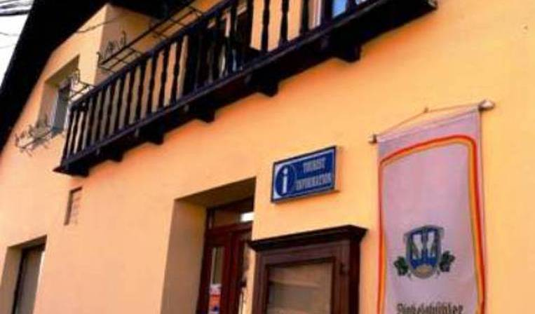 Pensiunea Chic - Get cheap hostel rates and check availability in Sighisoara 15 photos